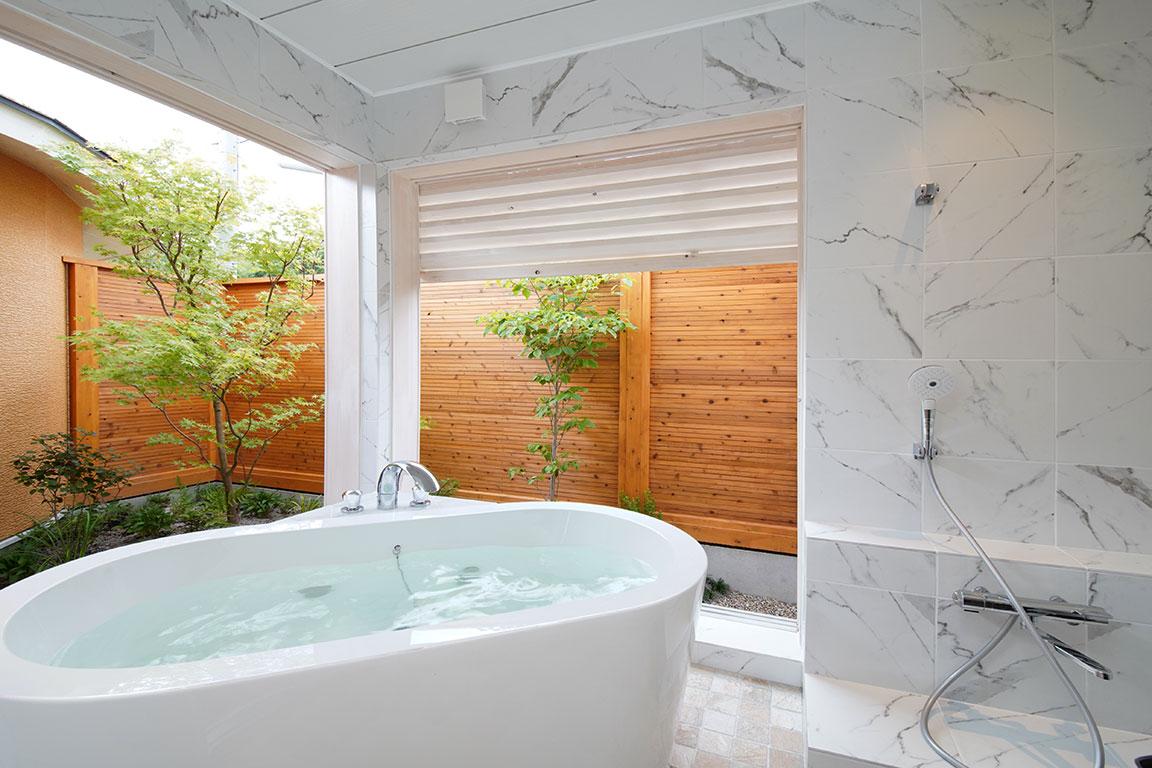 客室内 天然温泉「銀温泉」