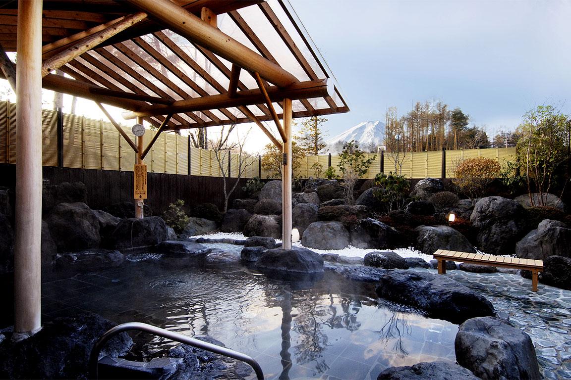 【隣接施設】富士山溶岩の湯「泉水」