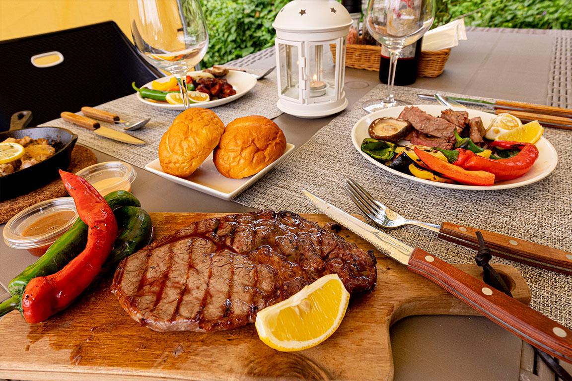 リブロースステーキと豊後鶏BBQプラン