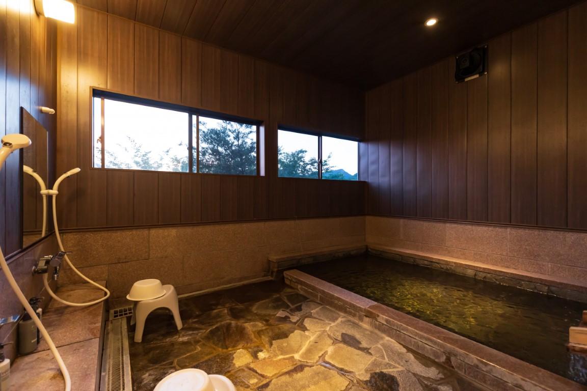 おんせん県大分由布院の天然温泉